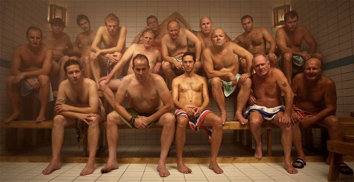 golie-muzhiki-saune-fotogalereya