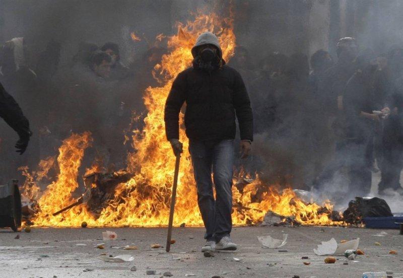 майдан евромайдан украина что делать если за окном массовые беспорядки disgusting men