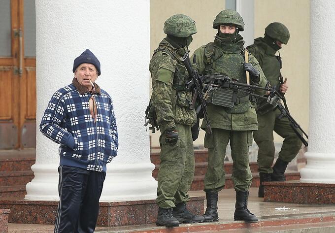 российская армия современная как воюет как выглядит солдат в крыму