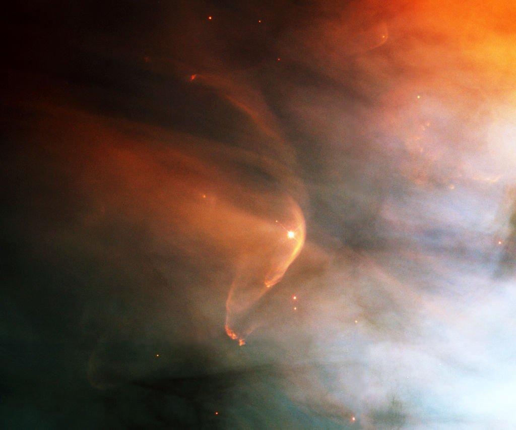 LL Ori в туманности Орион (космический снимок телескоп Хаббл 1995)