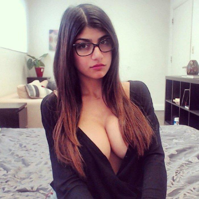 Порно страсть между молодым и взрослой фото