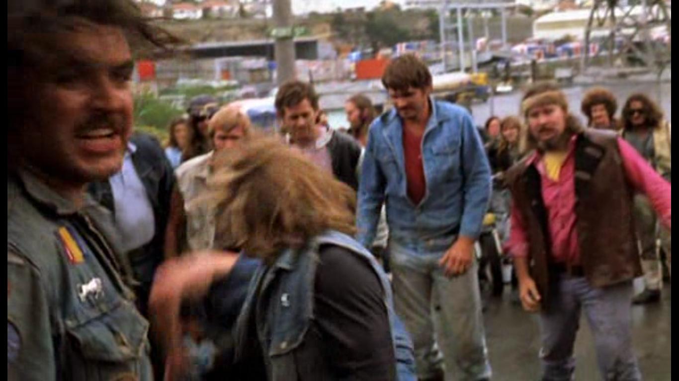 Кадр из настоящей драки, которая вошла в фильм
