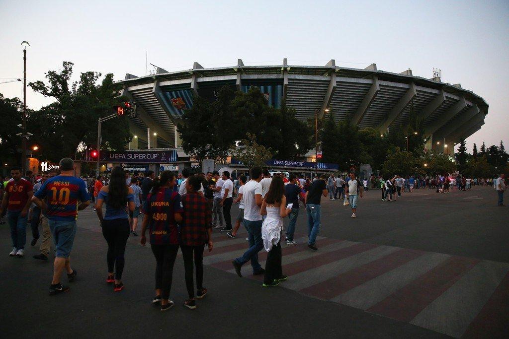 Barcelona+v+Sevilla+FC+UEFA+Super+Cup+N0JP13-f4mEx (1)