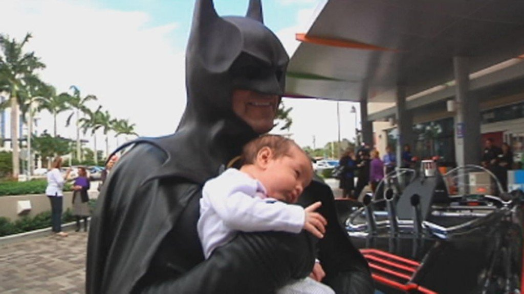 Batman+Joe+DiMaggio+Childrens+Hospital