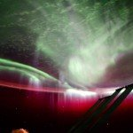 Эту фотографию вы уже видели у нас: Келли заснял полярное сияние из космоса.