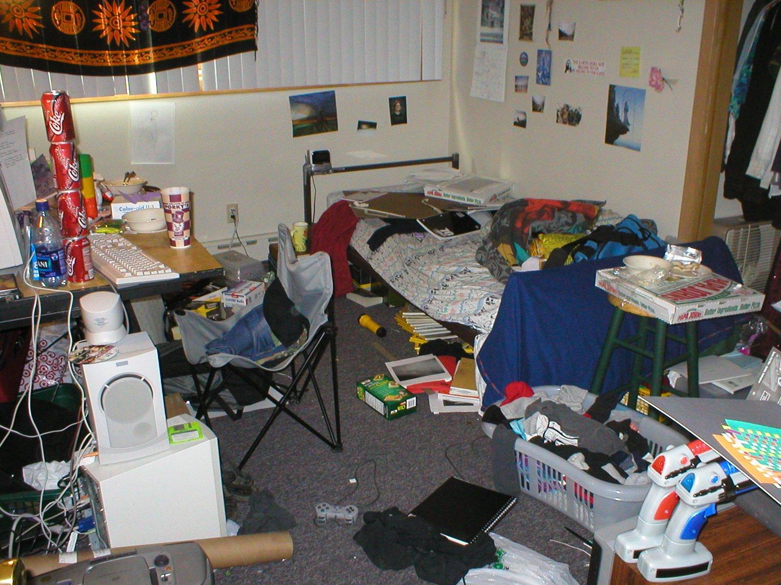 dorm_room_disaster