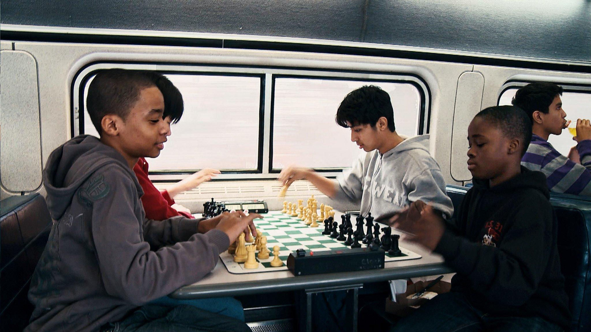 жертвуя пешкой шахматы выбор игры защита лужина бруклинский замок конец игры кино сериал статья отвратительные мужики