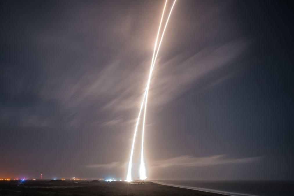 Falcon 9 SpaceX Илон Маск успешный старт запуск приземление вернулась на землю космос наука новости отвратительные мужики