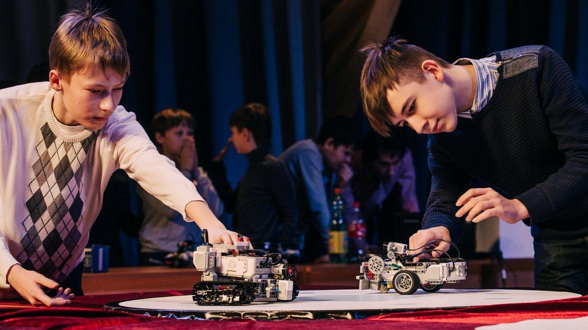 битвы роботов robot wars BBC Two шоу роботы технологии наука передача тв британия новости отвратительные мужики