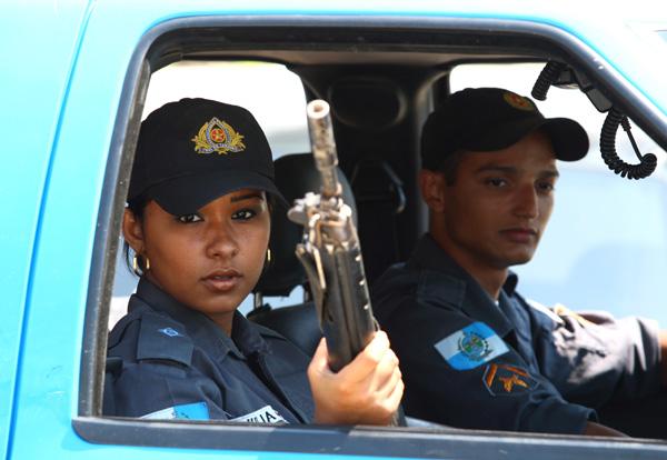 Julia liers brazilian cop