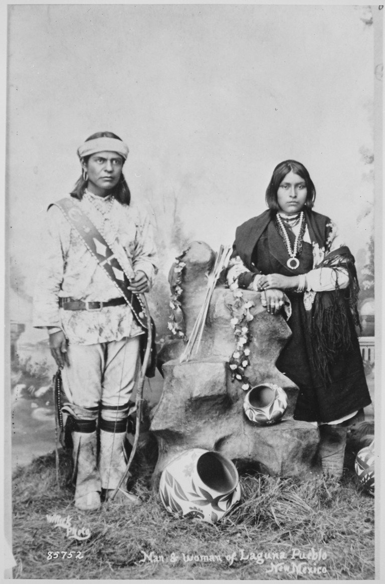 a relationship of the inca and the anasazi indians The anasazi indians, also known as the ancient people are the ones that historians and researchers give credit to for the fascinating cliff pueblos found throughout the four corners area of what is now arizona, new mexico, colorado and utah.