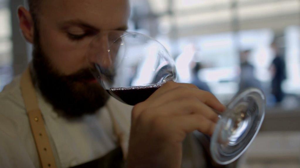 the wine show disgusting men отвратительные мужики