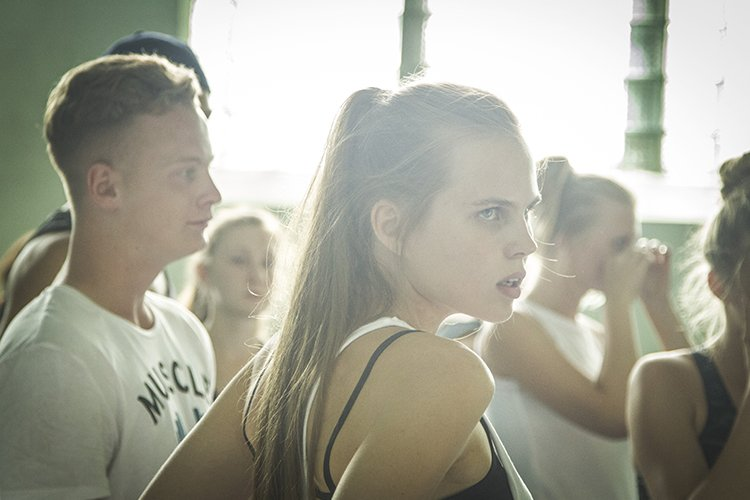 кино ученик каннский фестиваль рецензии кирилл серебрянников библия религия кино новости отвратительные мужики