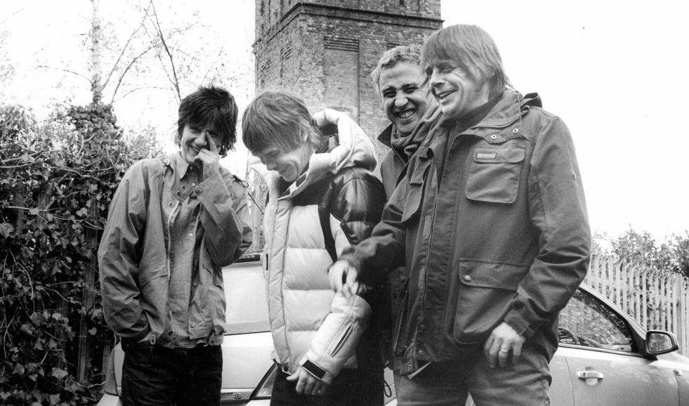 Stone Roses новый сингл за 20 лет с 1995 года британская группа выпустила воссоединение возвращение музыка новости отвратительные мужики