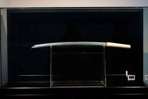 оружие из метеорита метеоритное железо отвратительные мужики disgusting men meteorite weapon