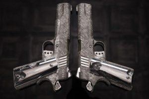 пистолеты из метеорита оружие из метеорита кольт 1911 отвратительные мужики disgusting men