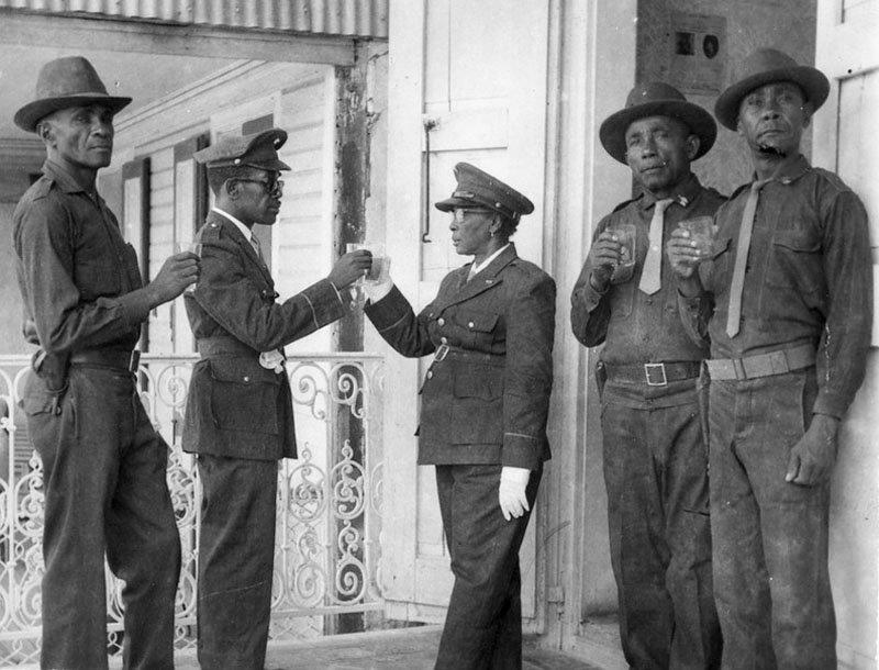 тонтон-макуты дювалье гаити полиция вуду отвратительные мужики disgusting men
