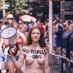 GoTopless феминизм права женщин равноправия без верха голые парад прошли новости фото девушки отвратительные мужики