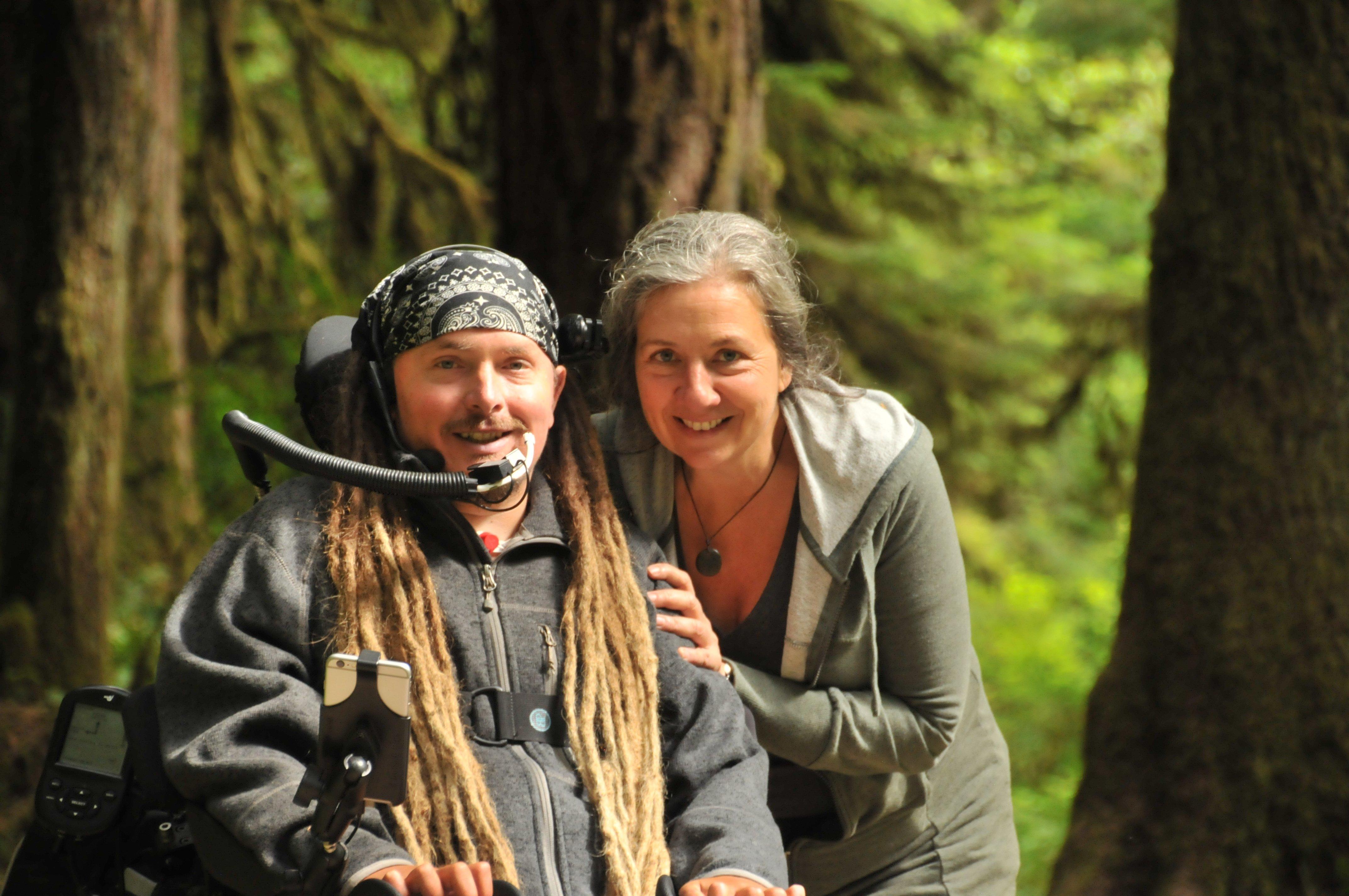 Иэн Маккей Вашингтон американец на инвалидном кресле коляске электрическом едет путешествует сша 480 километров 300 миль путешествия новости отвратительные мужики