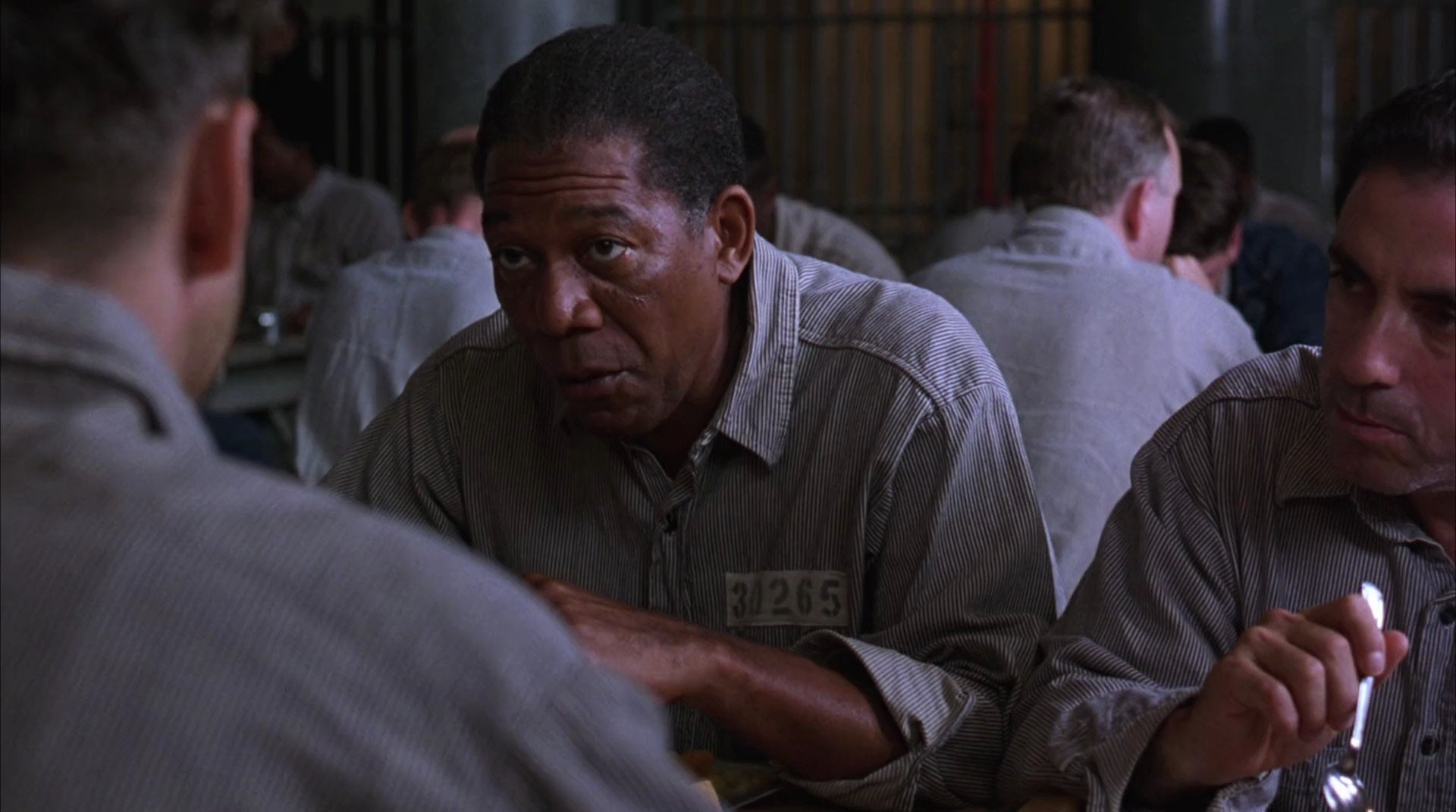 рамэн бичпакет лапша быстрого приготовления тюрьмы сша теневой рынок отвратительные мужики disgusting men