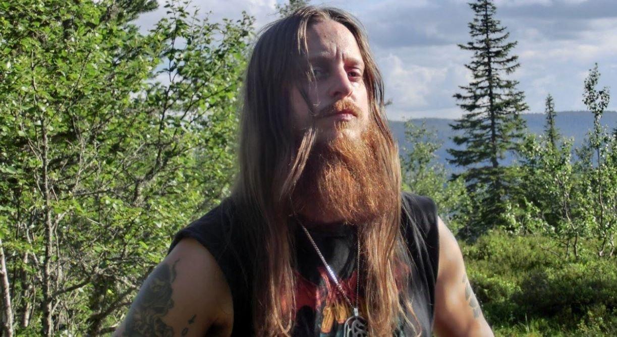 """Гюльве Нагелль Gylve """"Fenriz"""" Nagell Darkthrone блэк-металл металлист выиграл выборы просил не голосовать за себя с кошкой новости музыка дичь отвратительные мужики"""