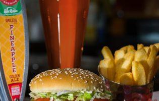 В октябре в продаже появится темное пиво со вкусом бургеров