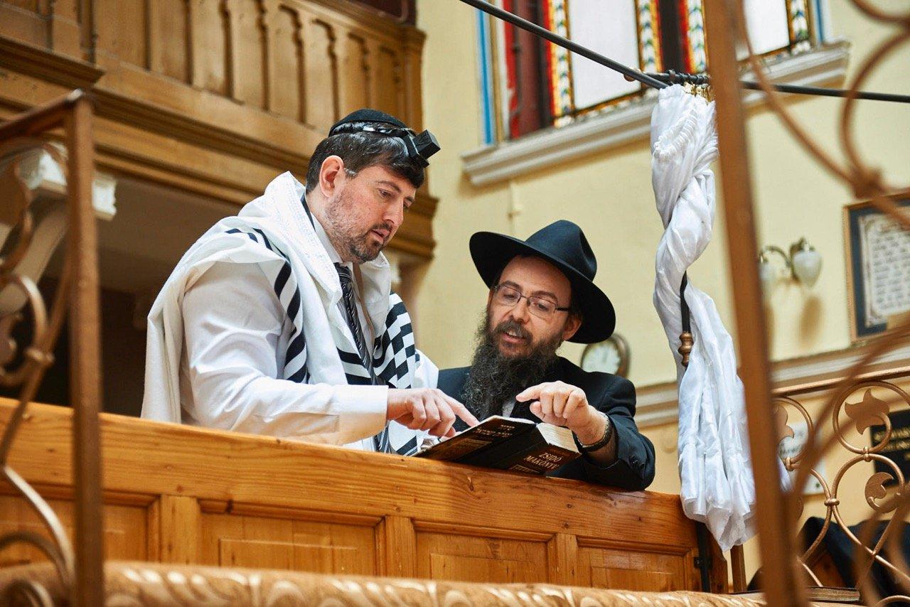 чанад сегеди неонацист стал евреем венгрия иудаизм отрицание холокоста отвратительные мужики disgusting men