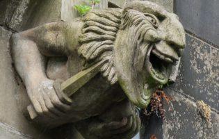 Будни экзорциста: Католическая церковь испытывает дефицит борцов с демонами