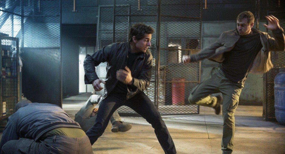 Джек Ричер 2 никогда не возвращайся трейлер фильм Том Круз боевик кино рецензия отвратительные мужики