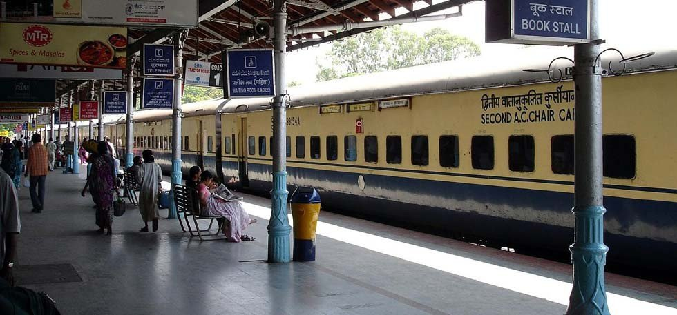 wi-fi-at-patna-railway-station-used-to-watch-porn980-1476718988_980x457