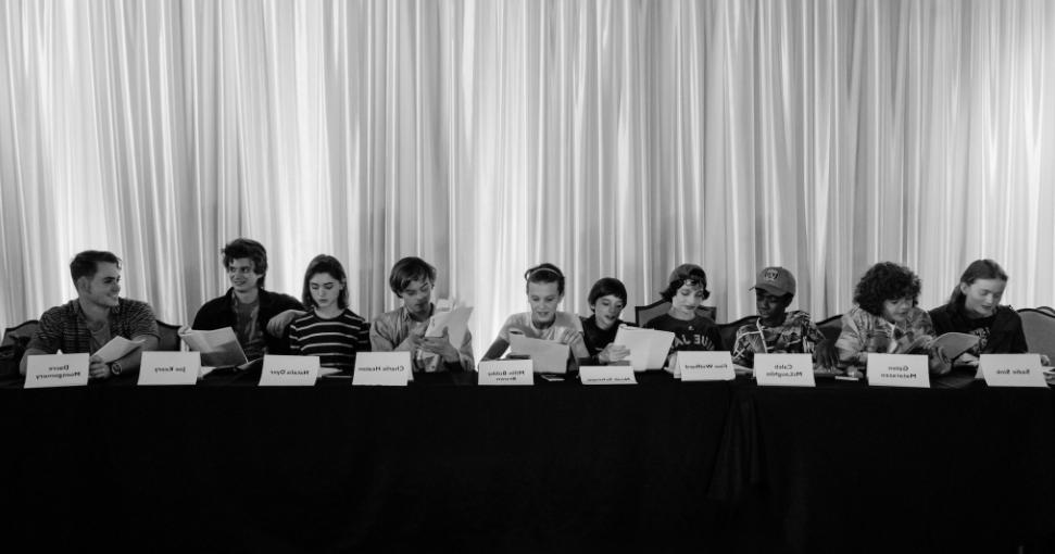 Очень странные дела Stranger Things второй сезон первый сезон новые герои новые персонажи что будет новая история подробности новости сериалы кино отвратительные мужки