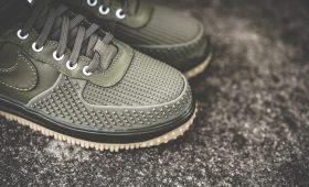 Сапоги для князя: выбираем кроссовки на осень и зиму