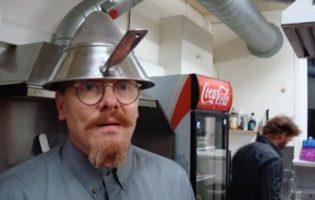 Жизнь с улыбкой: почему мы обожаем комика и экс-мэра Рейкьявика Йона Гнарра
