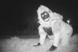 полицейские засняли оборотня оборотень скрытая камера дичь новости отвратительные мужики disgusting men werewolf