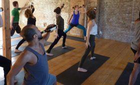 Пьян и просветлен — в мире набирает популярность пивная йога