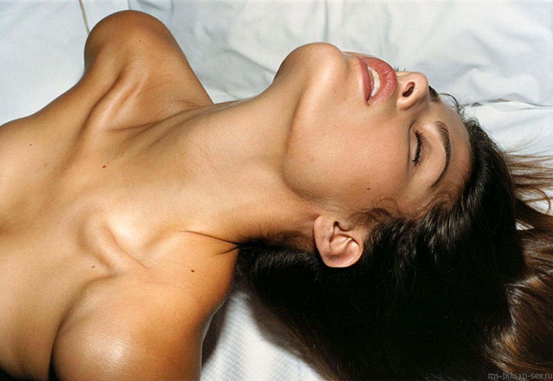 Расслабление девушки в сексе