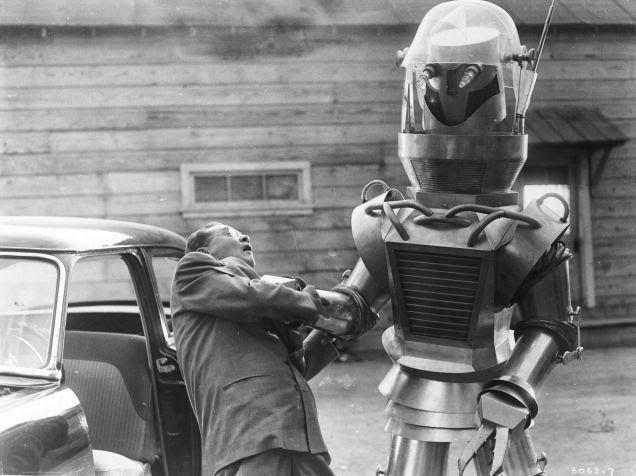 Miso Robotics CaliBurger Flippy робот повар луддиты фастфуд роботизация еда технологии отвратительные мужики disgusting men