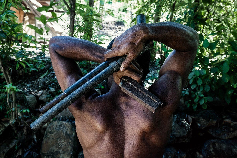 рэсколы экзотические гангстеры бандиты новой гвинеи отвратительные мужики рэсколизм rascols disgusting men