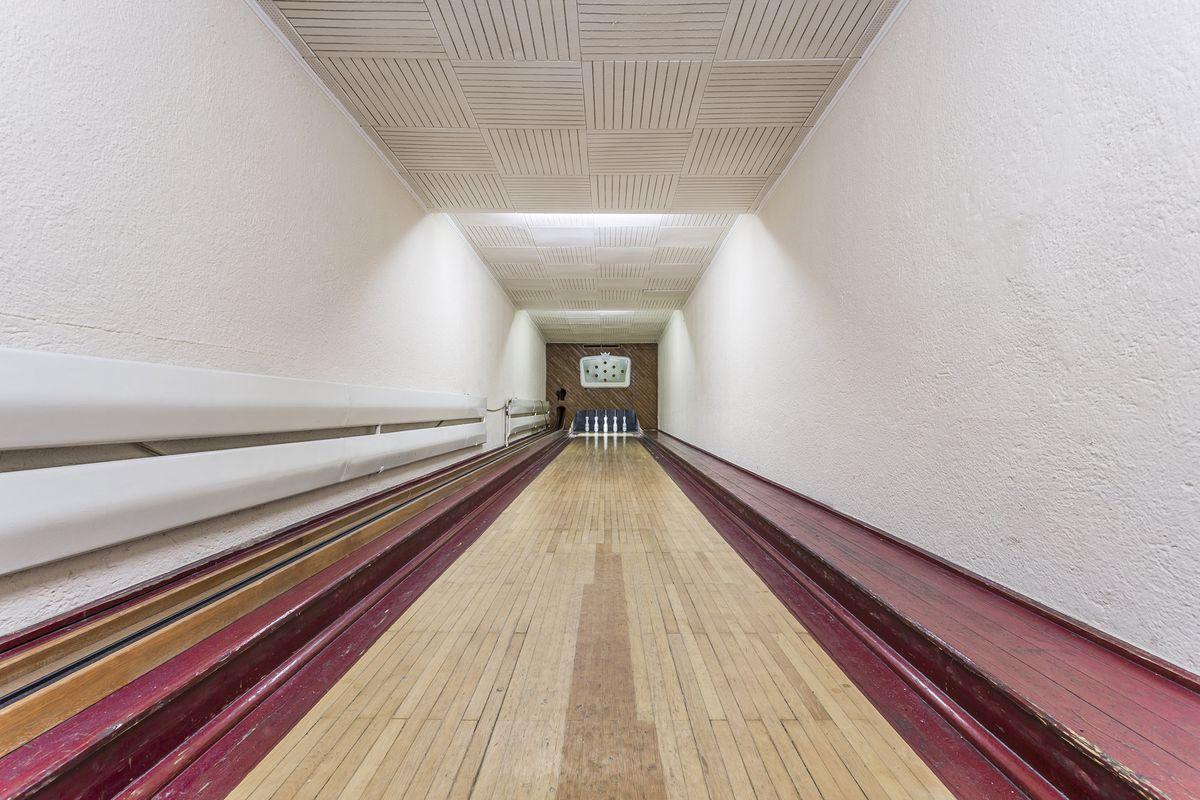 bowling porn