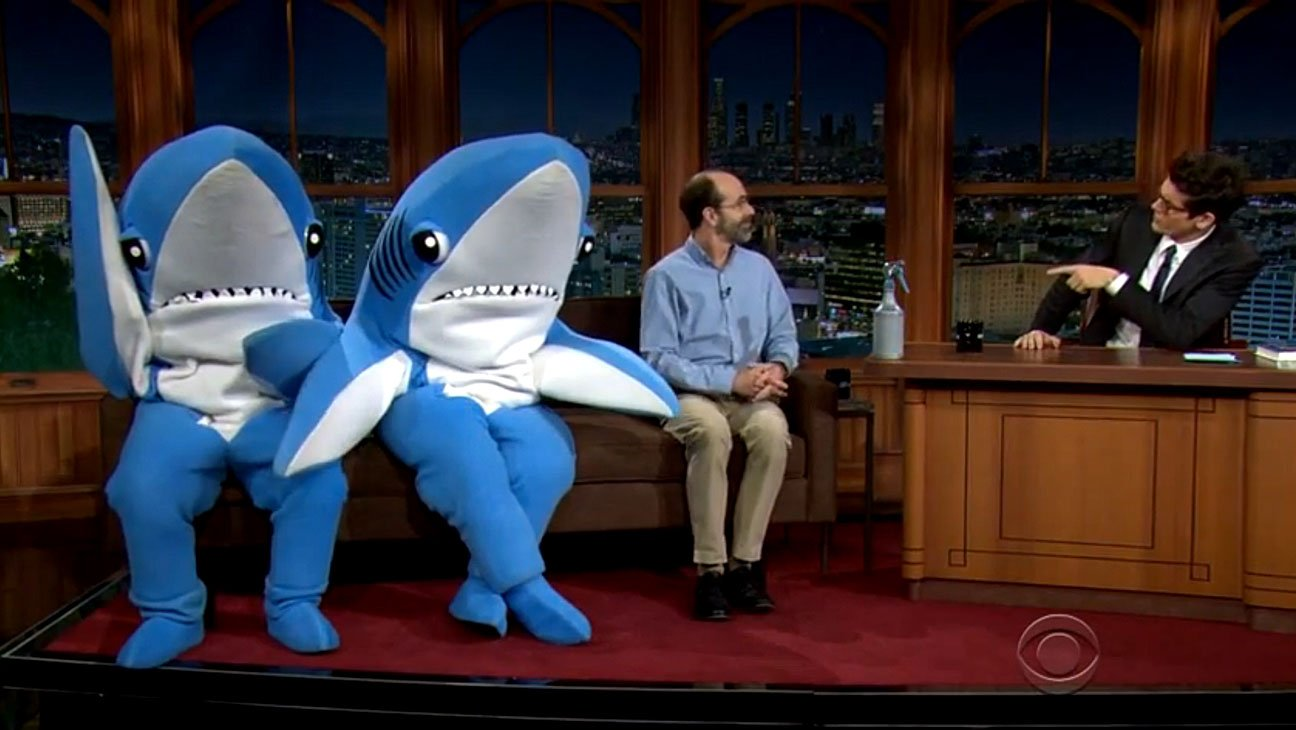 Как пережить нападение акулы нападение акул отвратительные мужики disgusting men