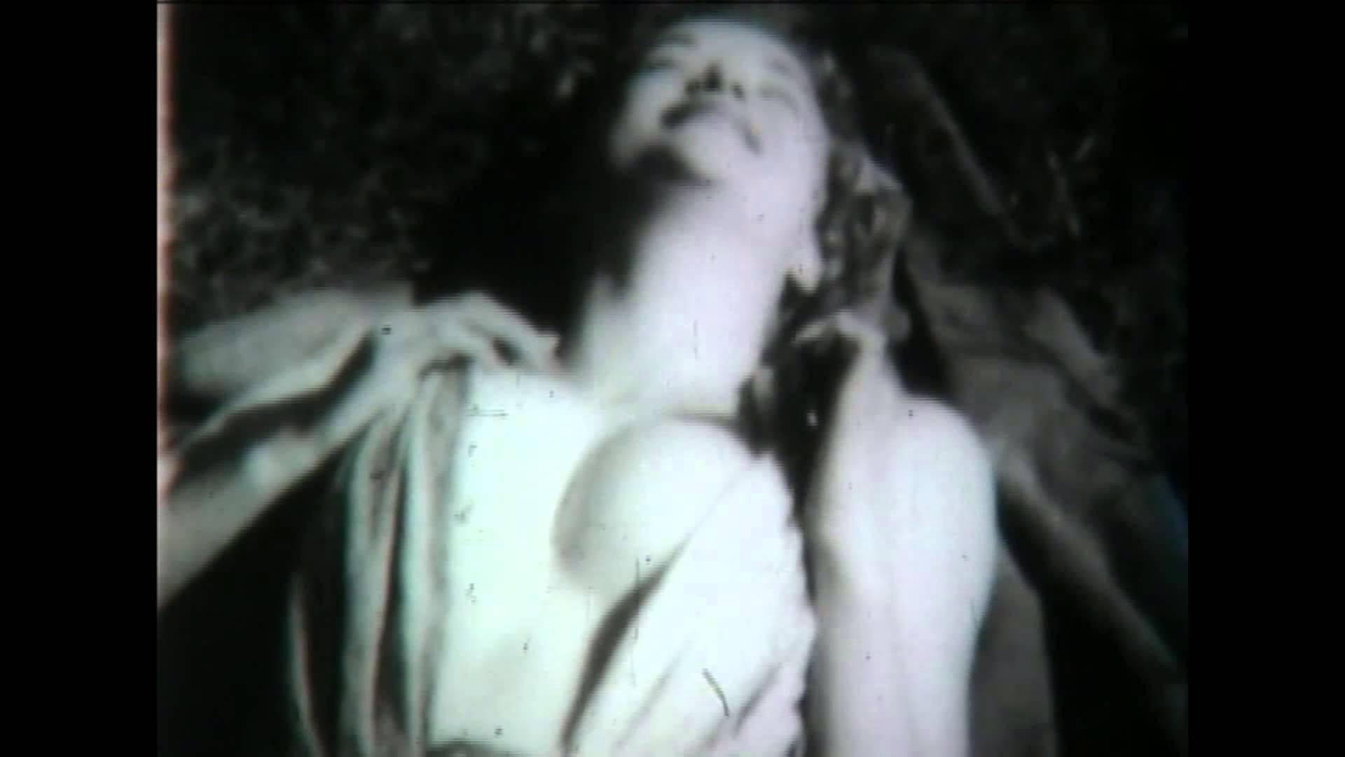 Первые порнофильмы в парижских борделях фото 690-650