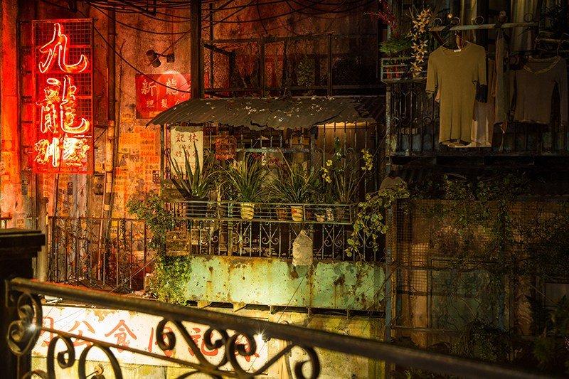 самый густонаселенный город в мире коулун город-крепость kowloon walled city отвратительные мужики disgusting men