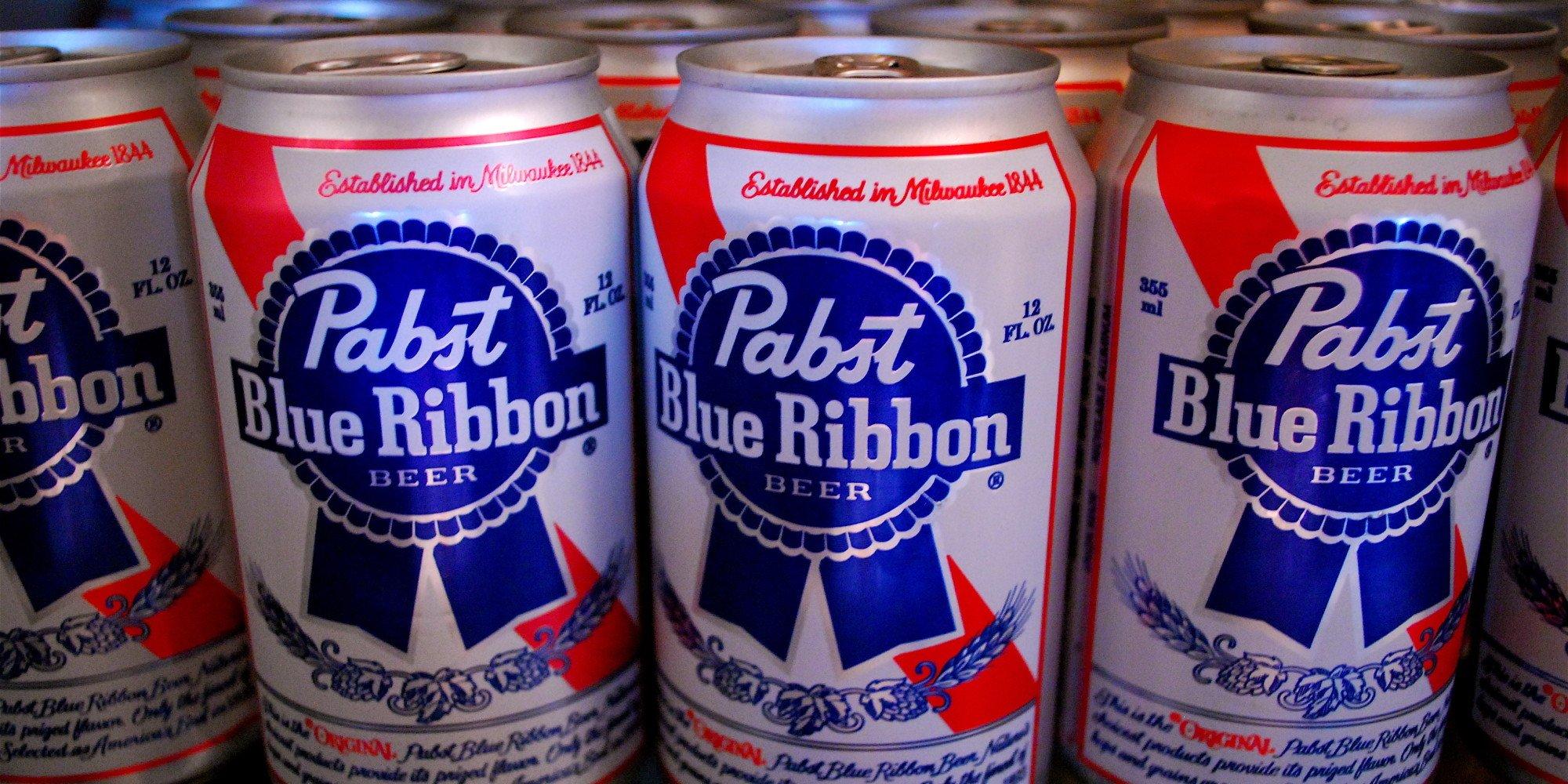 случайные обзоры pabst blue ribbon обзор линч синий бархат отвратительные мужики disgusting men