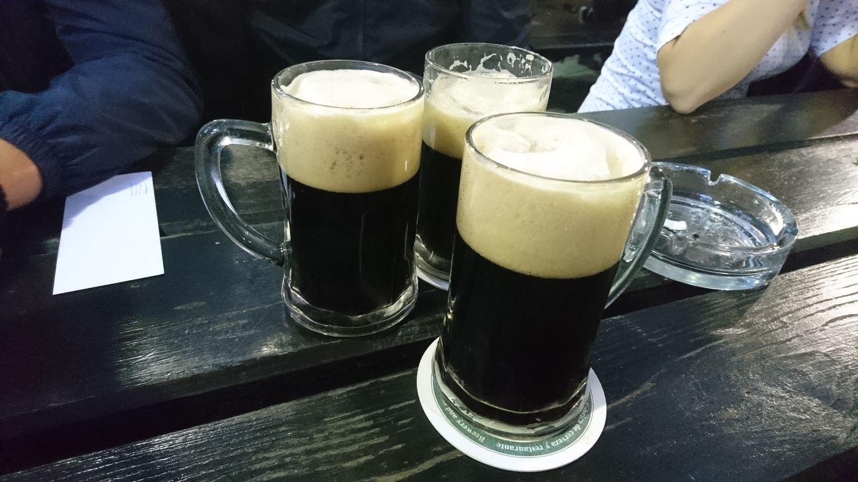 пабы праги где выпить в праге лучшие бары в праге отвратительные мужики disgusting men