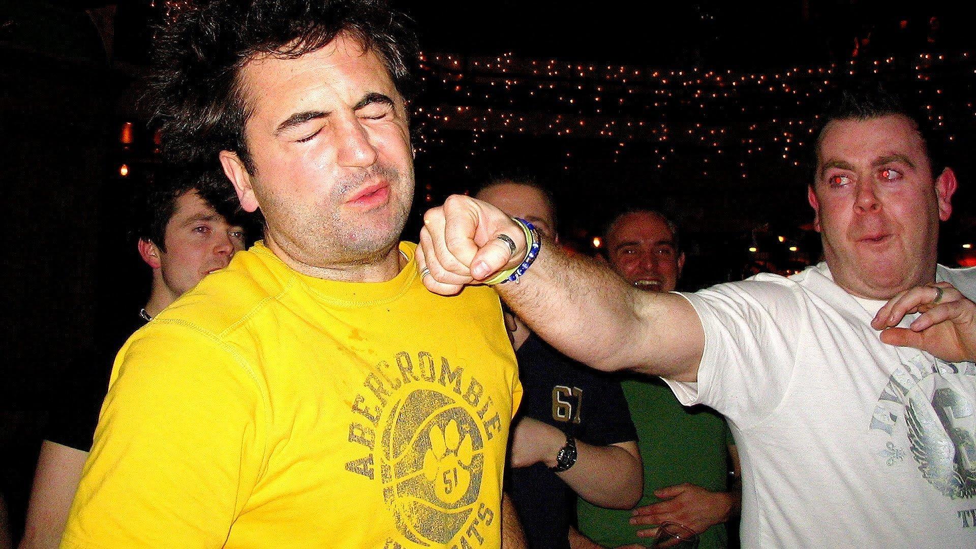 почему пьяные дерутся пьяные драки пьяная драка наука отвратительные мужики disgusting men