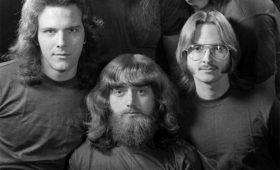 Тест: выбери дикую прическу из 70-х — и мы подберем для тебя музыку!
