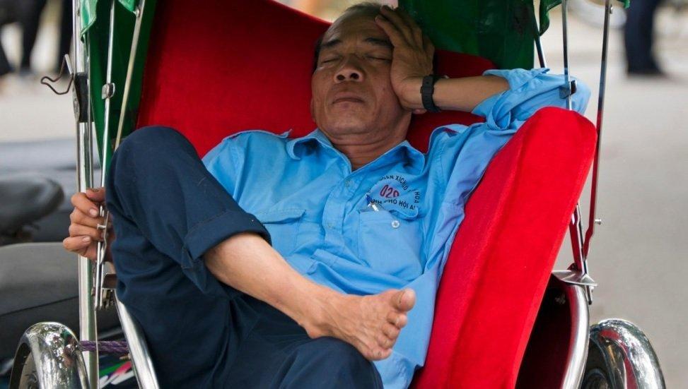калькулятор сна наука сна здоровый сон спящие китайцы отвратительные мужики disgusting men