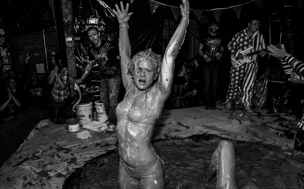 девушки в грязи бои фото отвратительные мужики disgusting men