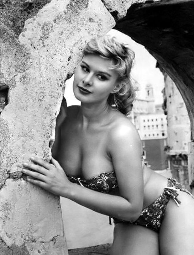 девушки в бикини секс-символы 50-х отвратительные мужики disgusting men