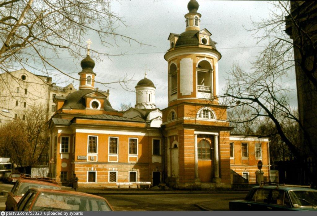Храм священномученика Св. Антипия на Колымажном дворе, Москва